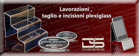 taglio plexiglas , incisioni laser plexiglas , lavorazione plexiglas , taglio laser plexiglas , incisioni laser torino